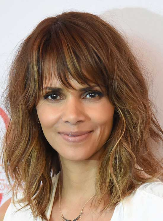 Halle Berry Medium Hairstyles for Women