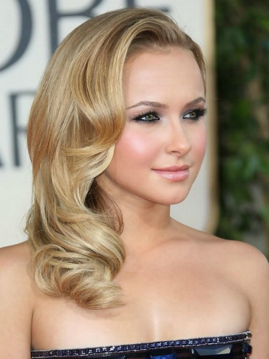 Hayden Panettiere Side Swept Waves