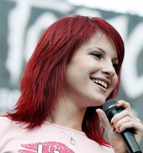 Hayley Williams Medium Red Hairstyles
