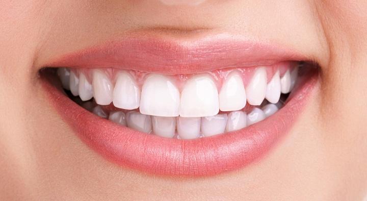 How to Whiten Teeth With Baking Soda?