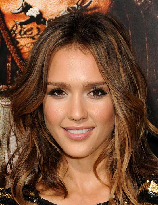Jessica Alba Medium Hairstyles for Women