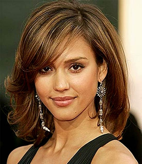 Jessica Alba Medium Length Hairstyles for Thin Hair