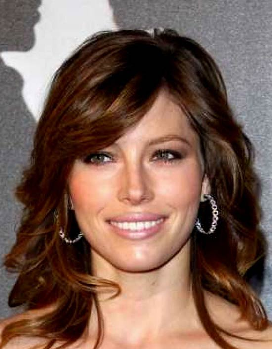 Jessica Biel Medium Layered Haircuts