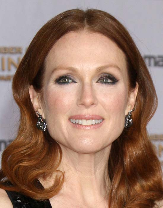 Julianne Moore Medium Length Haircuts for Thick Hair