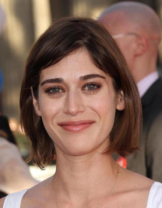 Lizzy Caplan Medium Length Hairstyles for Thin Hair