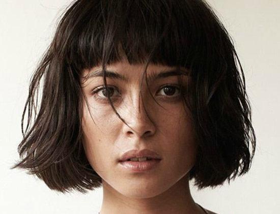 Mariana Renata messy bob haircuts