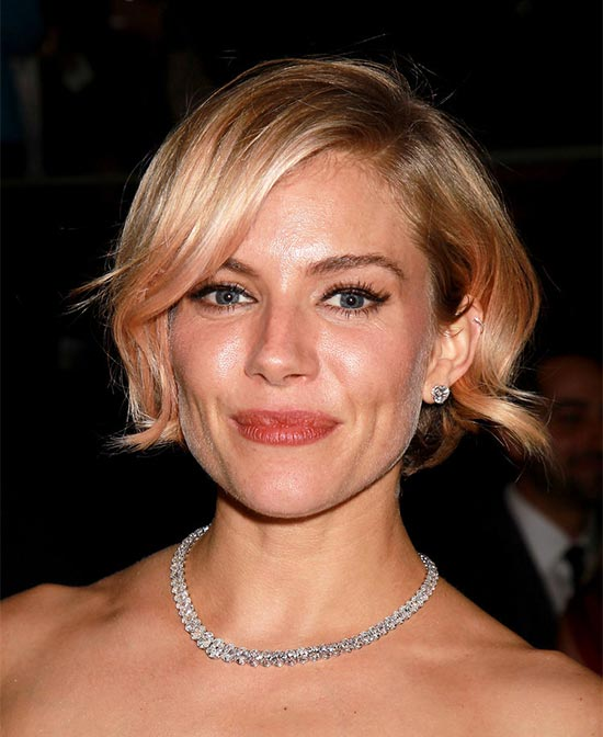 Samaire Armstrong Sassy Bob Haircuts for Round Faces