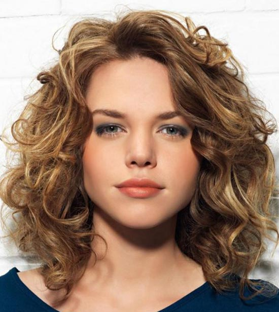 Sasha Grey Medium Curly Hairstyles