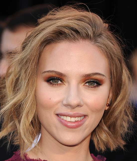 Scarlett Johansson Medium Hairstyles for Women