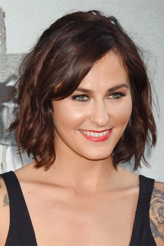 Scout Taylor Compton Layered Bob HairStyles