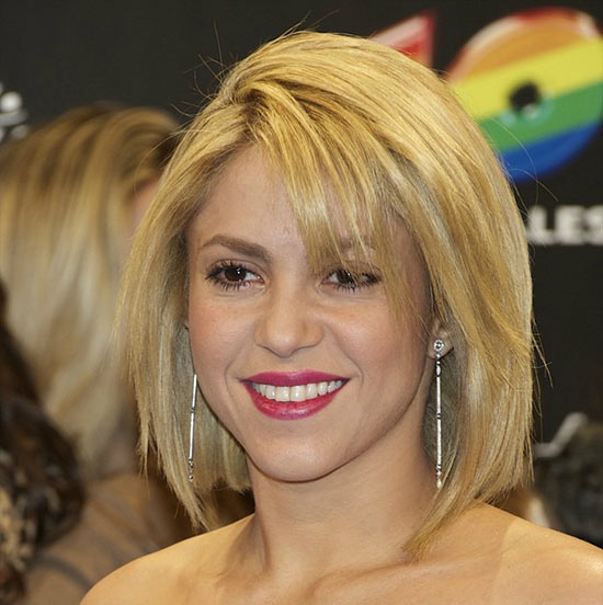 Shakira Layered Bob HairStyles
