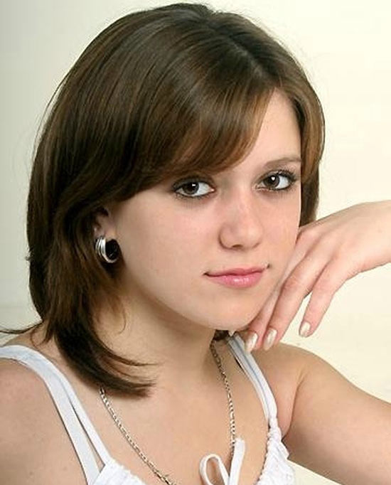 Sophie Payne Graduated Bob Haircuts