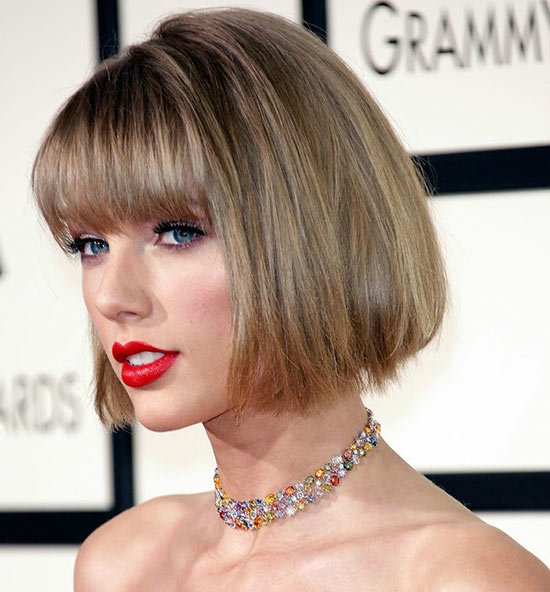 Taylor Swift Graduated Bob Haircuts