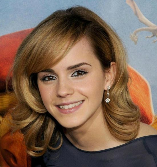 emma watson Sassy Bob Haircuts for Round Faces
