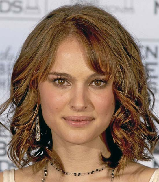 natalie portman Medium Curly Hairstyles
