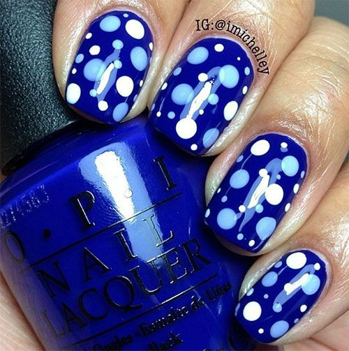 Blue and White Polka Dot Nail Art