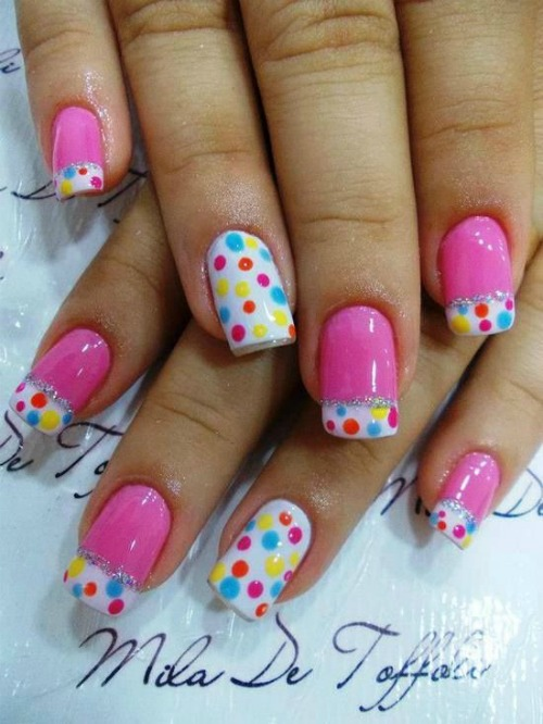 Beautiful Polka Dot Nail Art