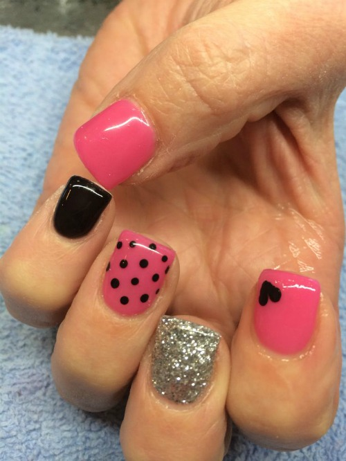 Pink Nail with Black Polka Dot Nail Art