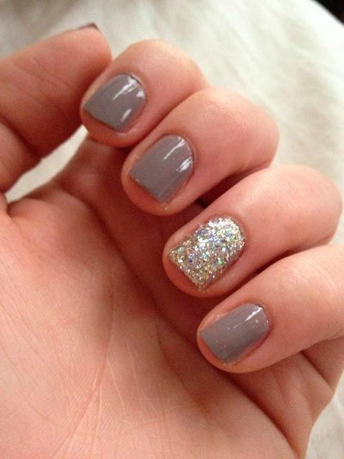 Gold sparkle Nail Designs for Short Nails