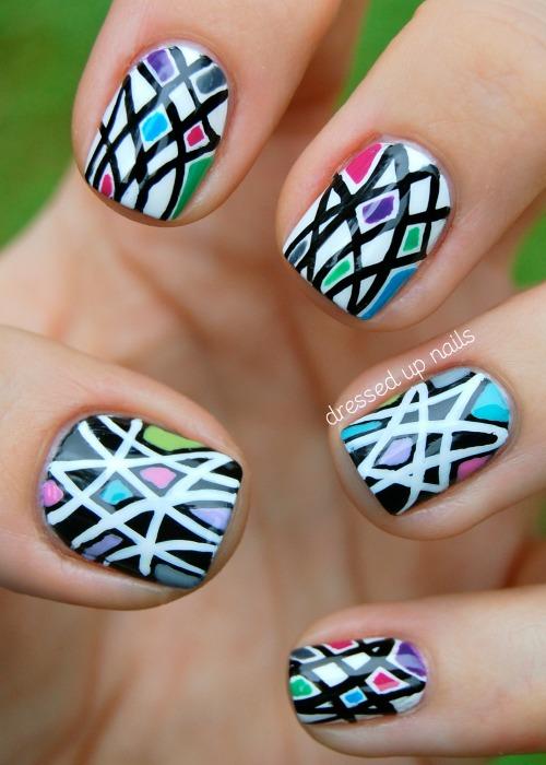 geometric pattern nail art
