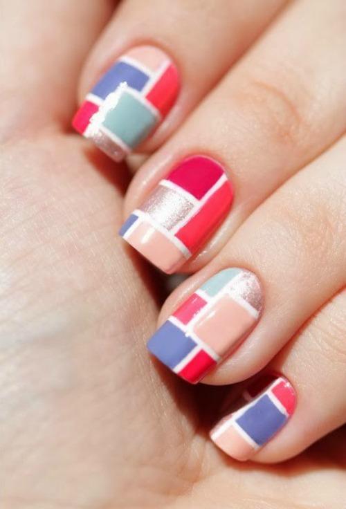 Gel lacquer Geometric Nail Art