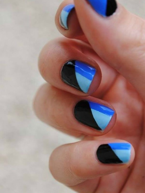 Blue Geometric Nail Art