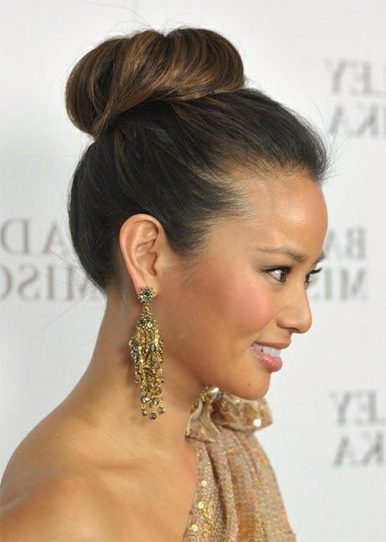 Amanda Presail High bun Hair styles