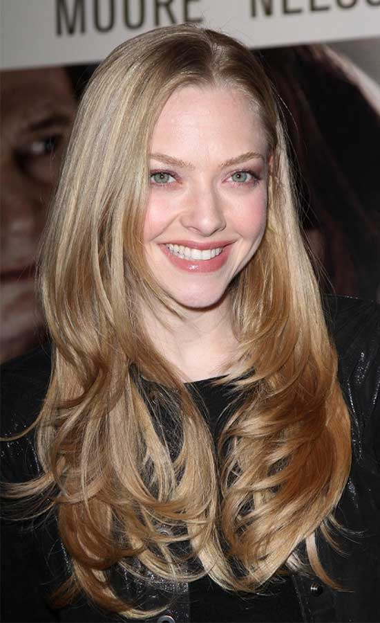 Amanda Seyfried long layered shag hairstyle