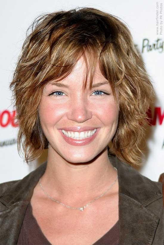 Ashley Scott length shaagy Hair cut