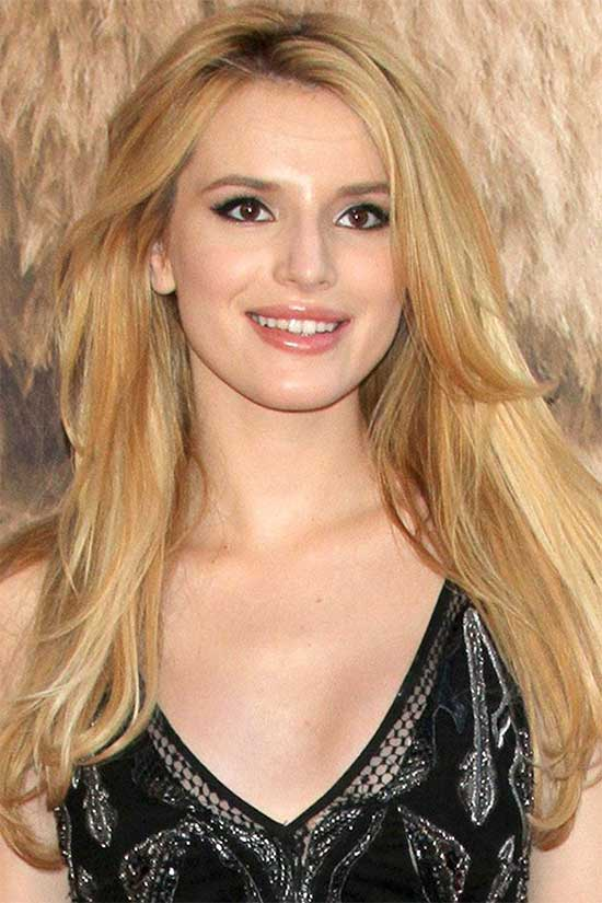 Bella Thorne With Glossy Blonde Hair