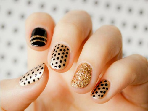 Black and Gold Polka Dot Nail Art