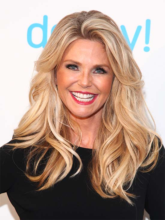 Christie Brinkley Long Blonde Messy Hairstyle