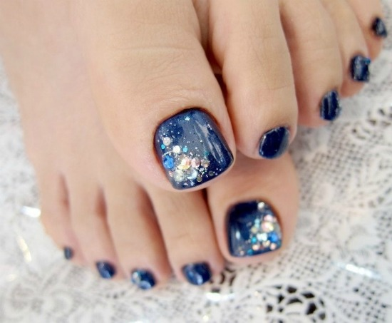 Crystal Toe Nail Art Design