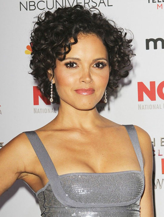 18 Best Curly Bob Hairstyles To Inspire You
