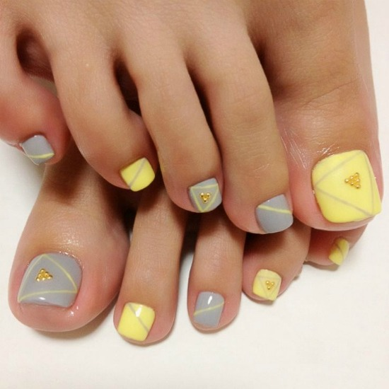 cute pastel yellow and gray toe nail design - Toe Nail Designs Ideas