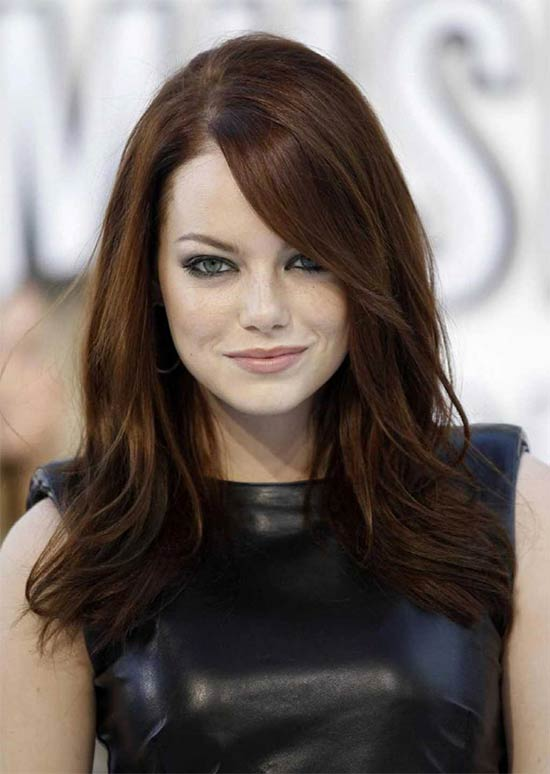 Emma-stone Long hair style for round Face