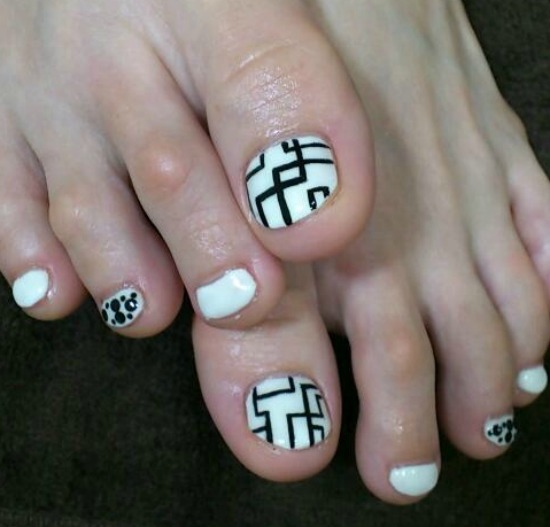 Geometric Toe Nail Art Design