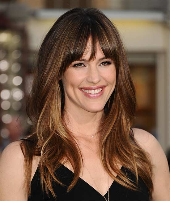 Jennifer Garner Long layerd Hair styles With bangs