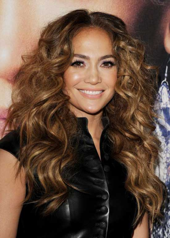 Jennifer Lopez Long curly hair style