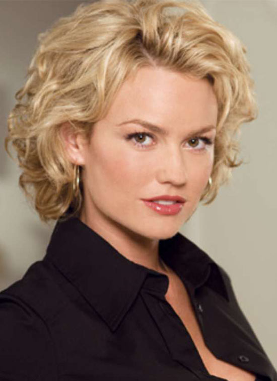 Kelly Carlson Curly Hairstyle For Fine Hair