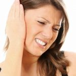 How to Use Olive Oil to Treat Earaches at Home