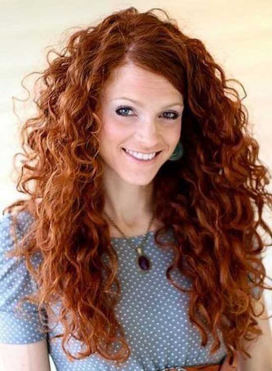 Pelo rizado largo Long Curly Hairstyle for Copper Hair