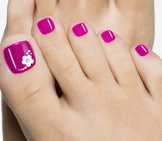 Pink toe Nail art flower design