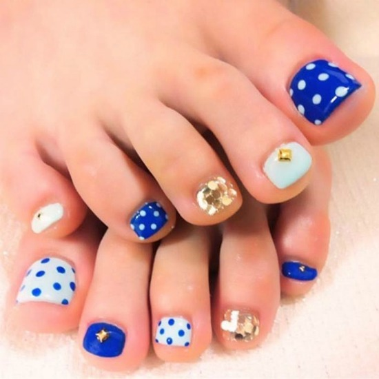 Toe Nail Designs Ideas glitter mix toe nails Polka Dot Toe Nail Design