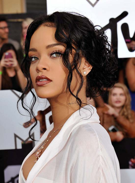 Rihanna Low Curly Knot from black women