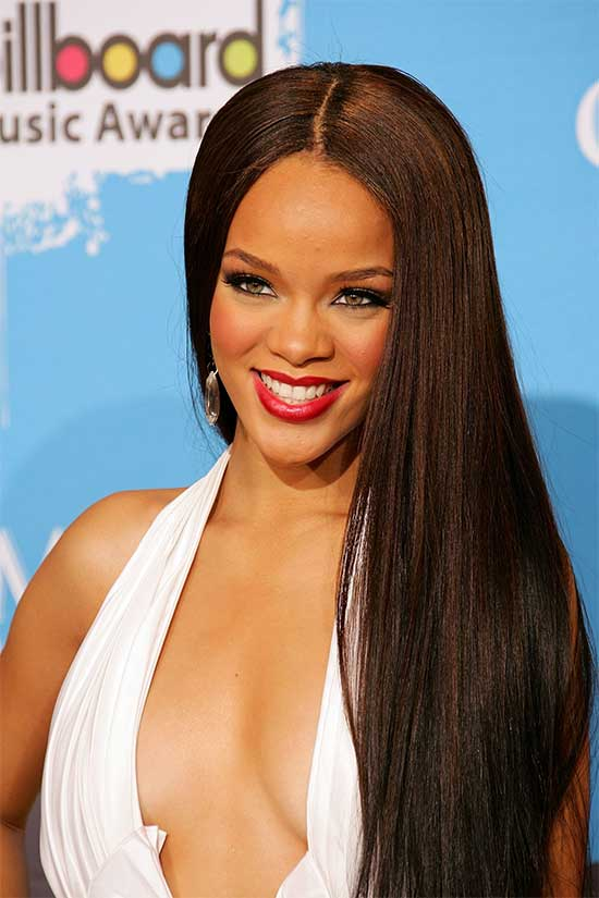 Rihanna long straight hair
