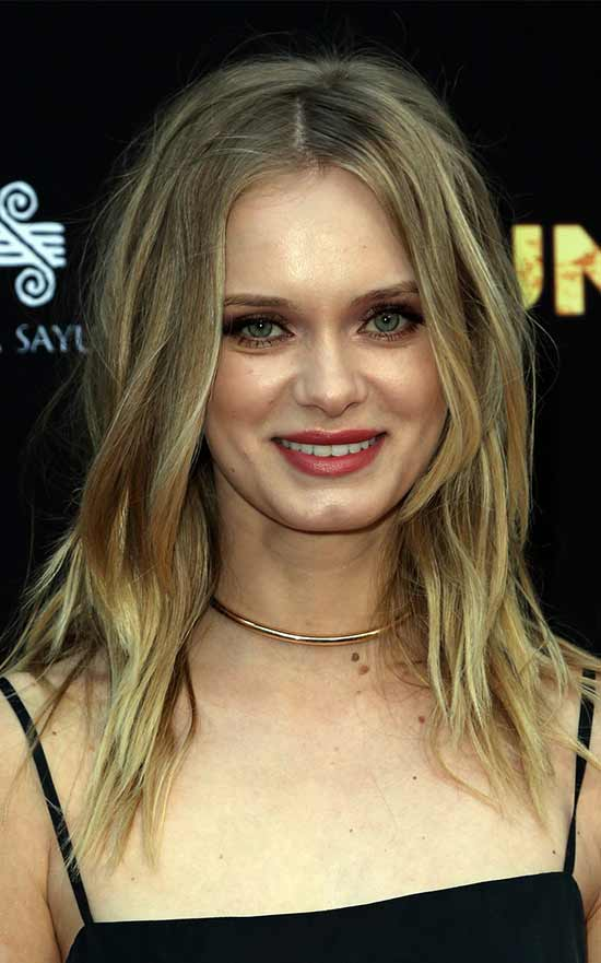 Sara Paxton Long Wavy Shag Hairstyl