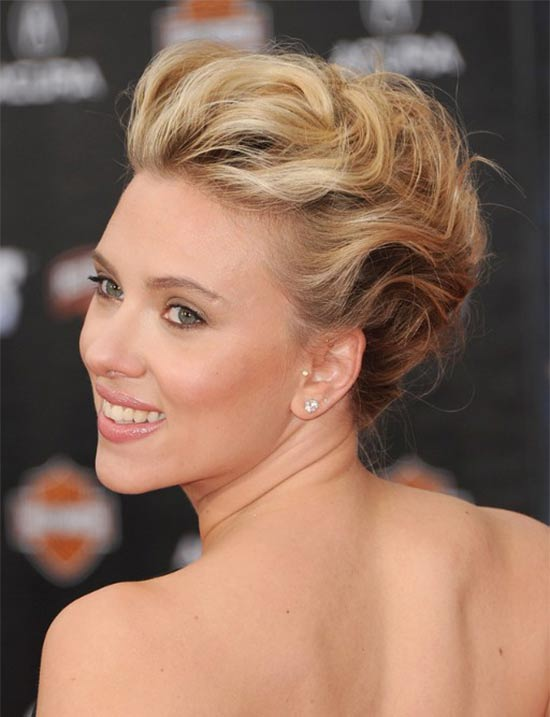 Scarlett Johansson Updos For Medium Hair