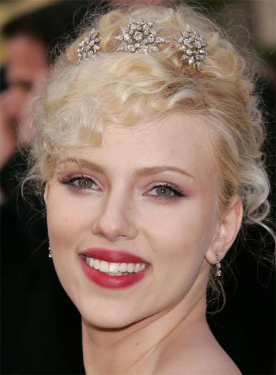Scarlett Johansson Wedding Hairstyle