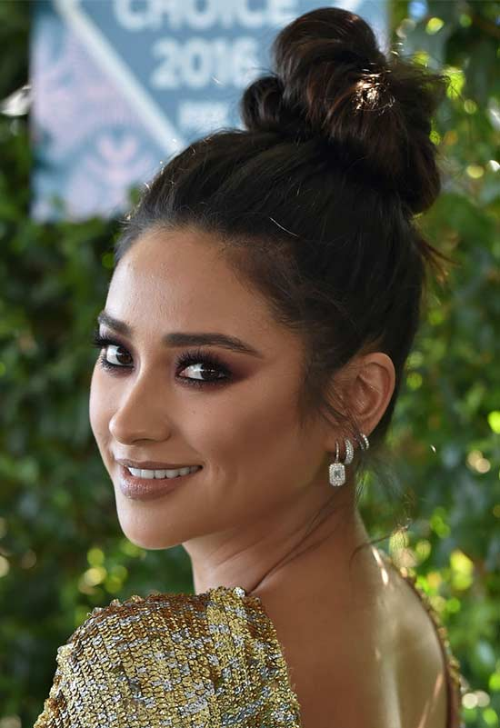 Shay Mitchell Top knot hair style